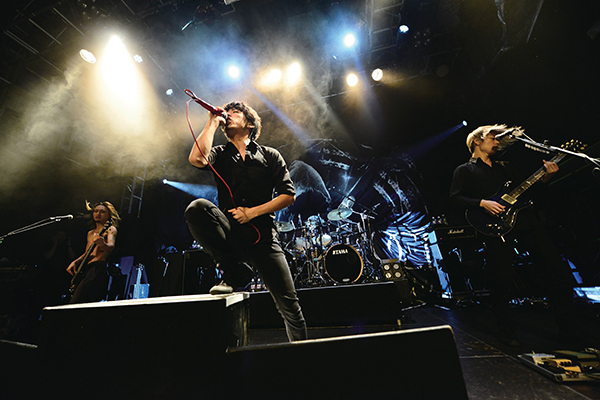 ONE OK ROCK - Official Photo 06