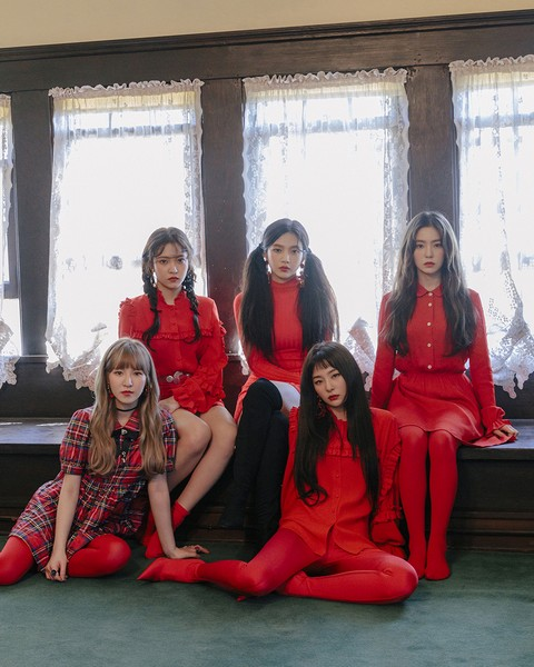 [Group Image_3] Red Velvet - The 2nd Album 'Perfect Velvet'