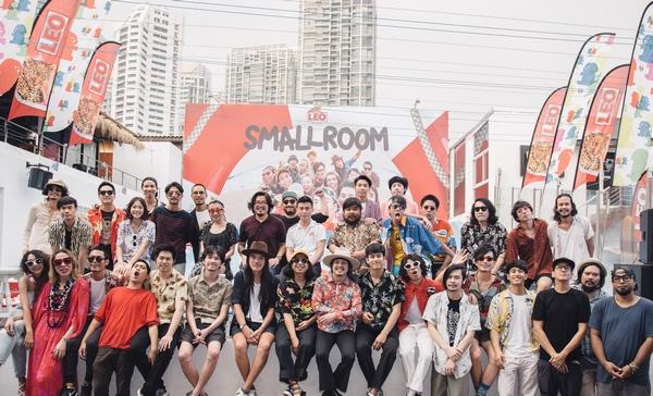 smallroom holiday party (14)